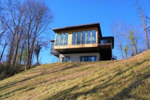 Cantilever Home Mountain View